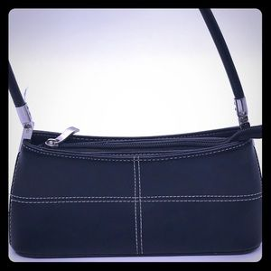 Handbags - ✨🛍 Cute Black Clutch Bag ✨🛍